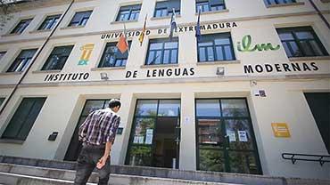 Preparación de exámenes para Instituto de Lenguas Modernas de Cáceres