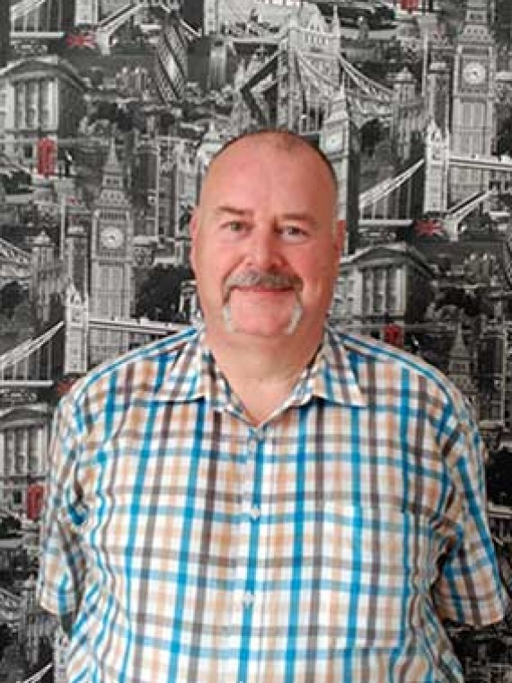 Malcom Jones Profesor especialista en adultos y inglés para empresas